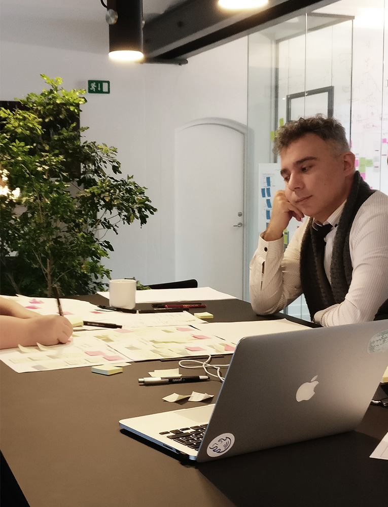 Aris Kampas UX/UI Designer & WordPress Developer